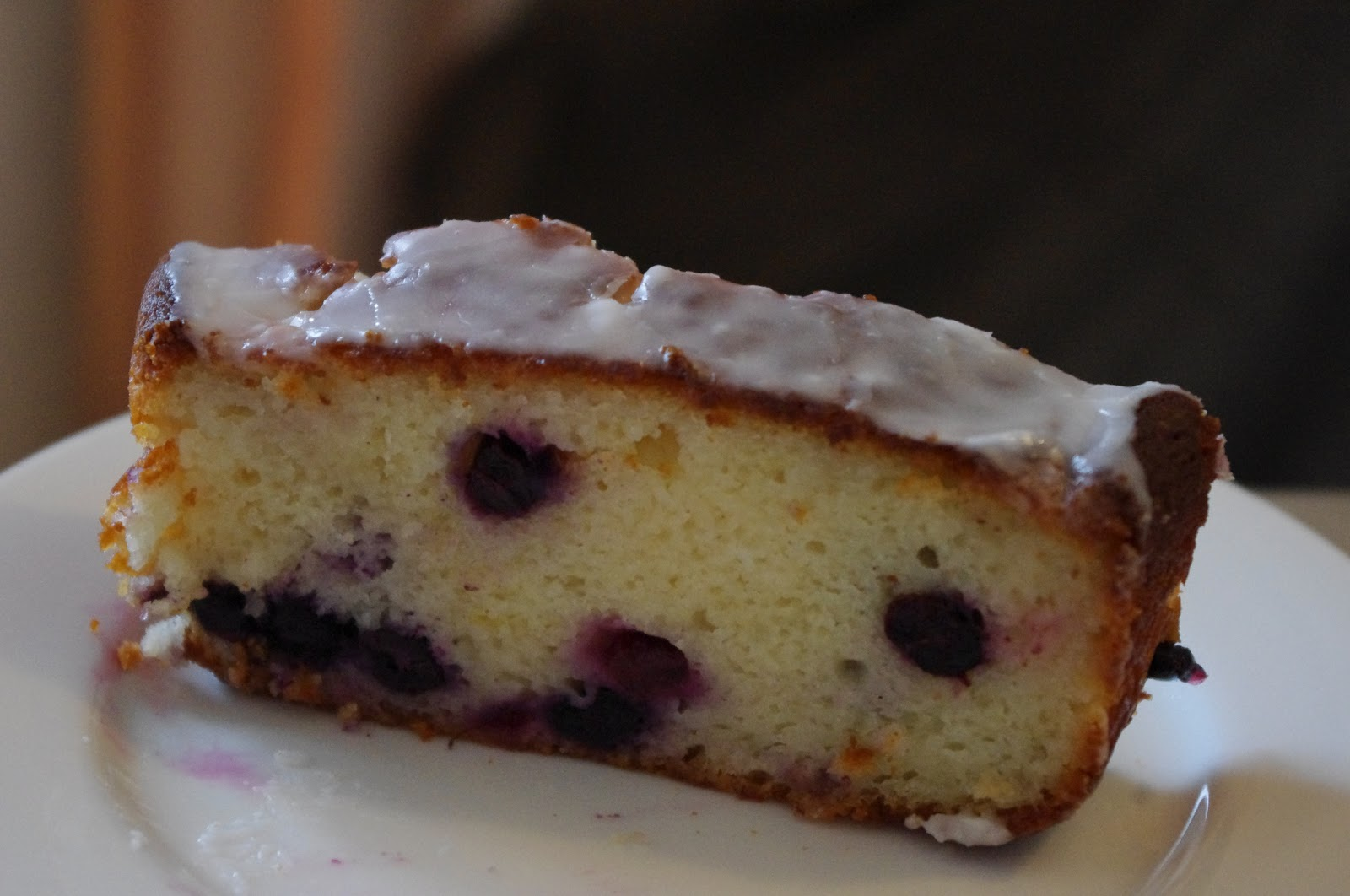 Lemon and Blueberry Greek Yogurt Cake