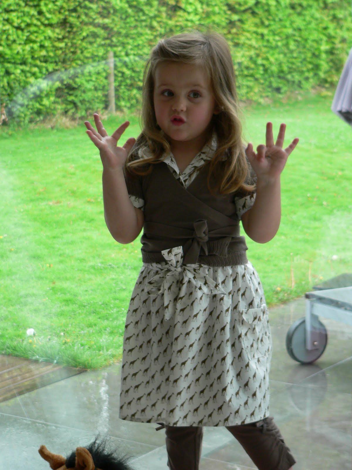 Mie flavie jump rope dress oliver s in giraffenstofje - Kleine teen indelingen meisje ...