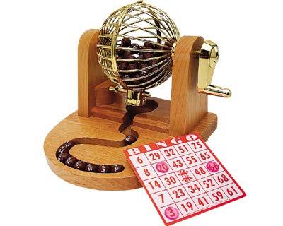 http://2.bp.blogspot.com/_m4pO2Hb-_Es/S-BPIRYKNlI/AAAAAAAABJc/cFRvf82BKJ0/s1600/wood-bingo-set-2.jpg