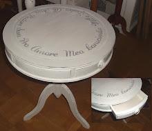 Runt litet bord