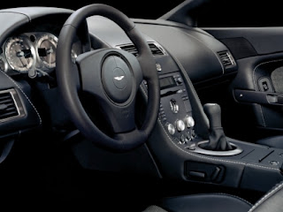 Aston Martin v8 Vantage coupe interior