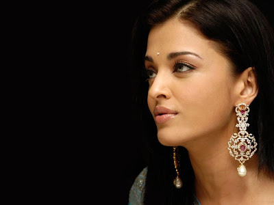 Aishwarya_Rai_ Wallpaper_10