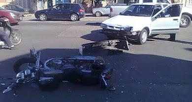 EL AUTO Y LA MOTO
