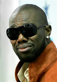 Terrell Owens cries, it's not fair, he's my teammate