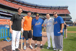 Kevin James and Adam Sandler with Shawn Green, David Wright and Paul LoDuca