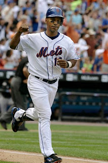 Moises Alou homers twice