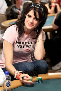 I hope she wears that t-shirt at the final table