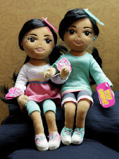 TY says the Sweet Sasha and Marvelous Malia dolls are not based on the Obama girls
