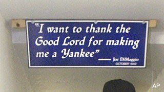 Derek Jeter stole a sign from Yankee Stadium