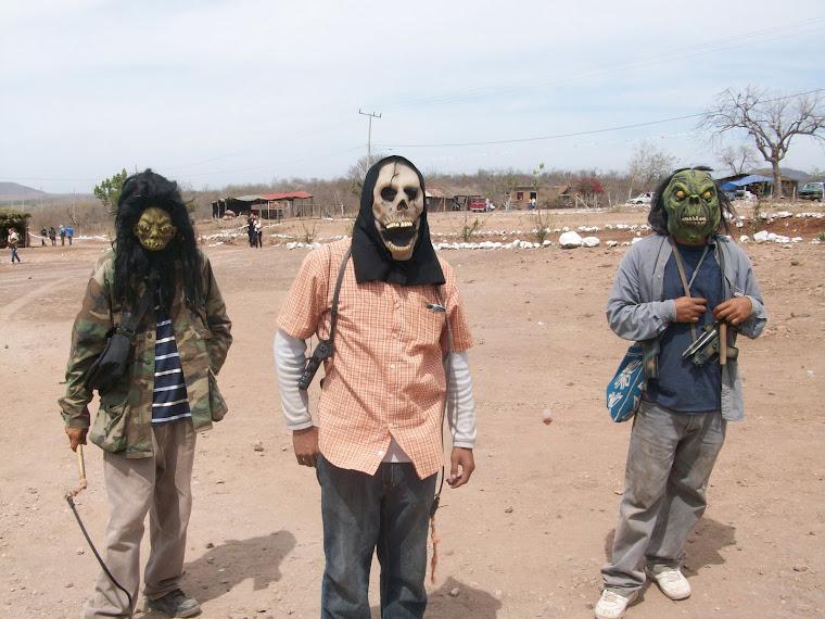 Diablos de semana santa en Abuya