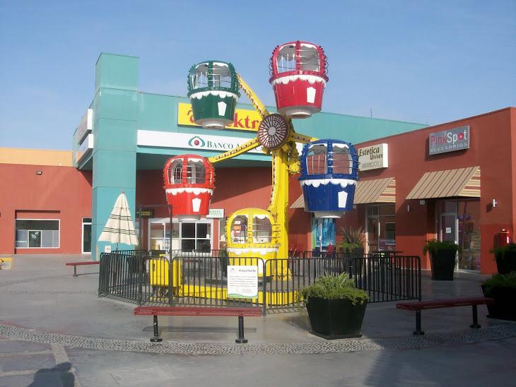 Plaza pajaritos, fraccionamiento Santa Fe, Tijuana BC