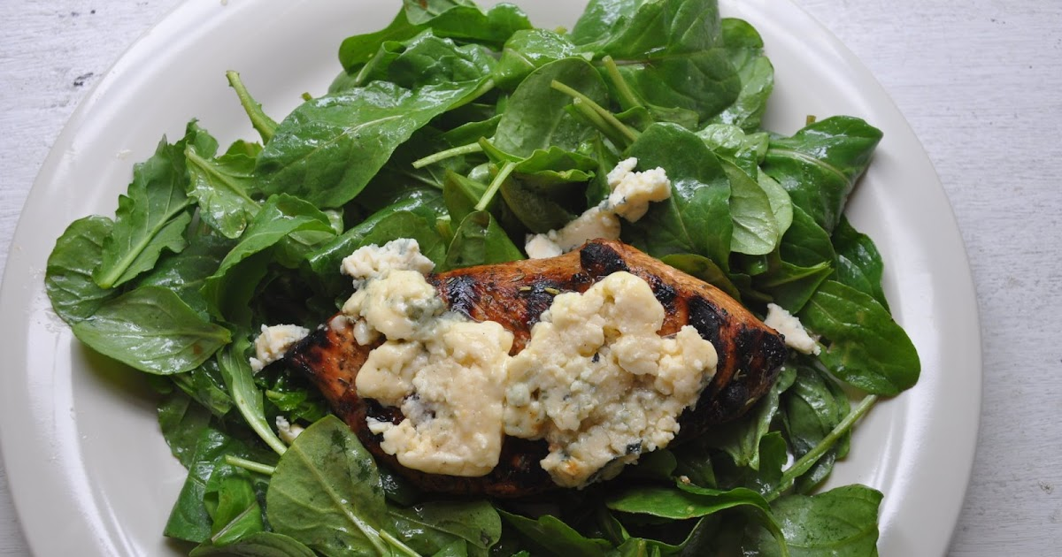 the parsley thief: Herbed Balsamic Chicken with Blue Cheese