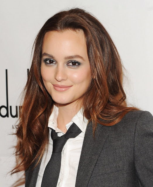 Leighton Meester face in smoking