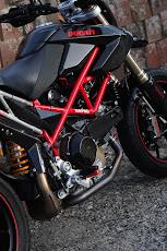 Ducati Hypemotard 1100S  藪蚊仕様