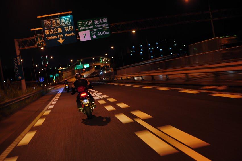 [深夜のハイパー3台821+++DSC_0151.jpg]
