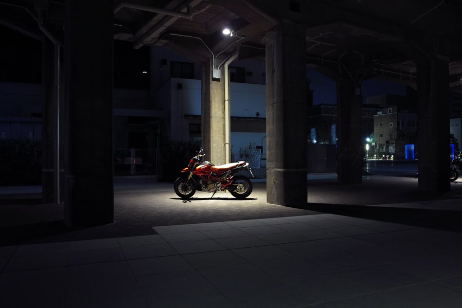 [大桟橋界隈8^16+ハイパーSDIM2071.jpg]