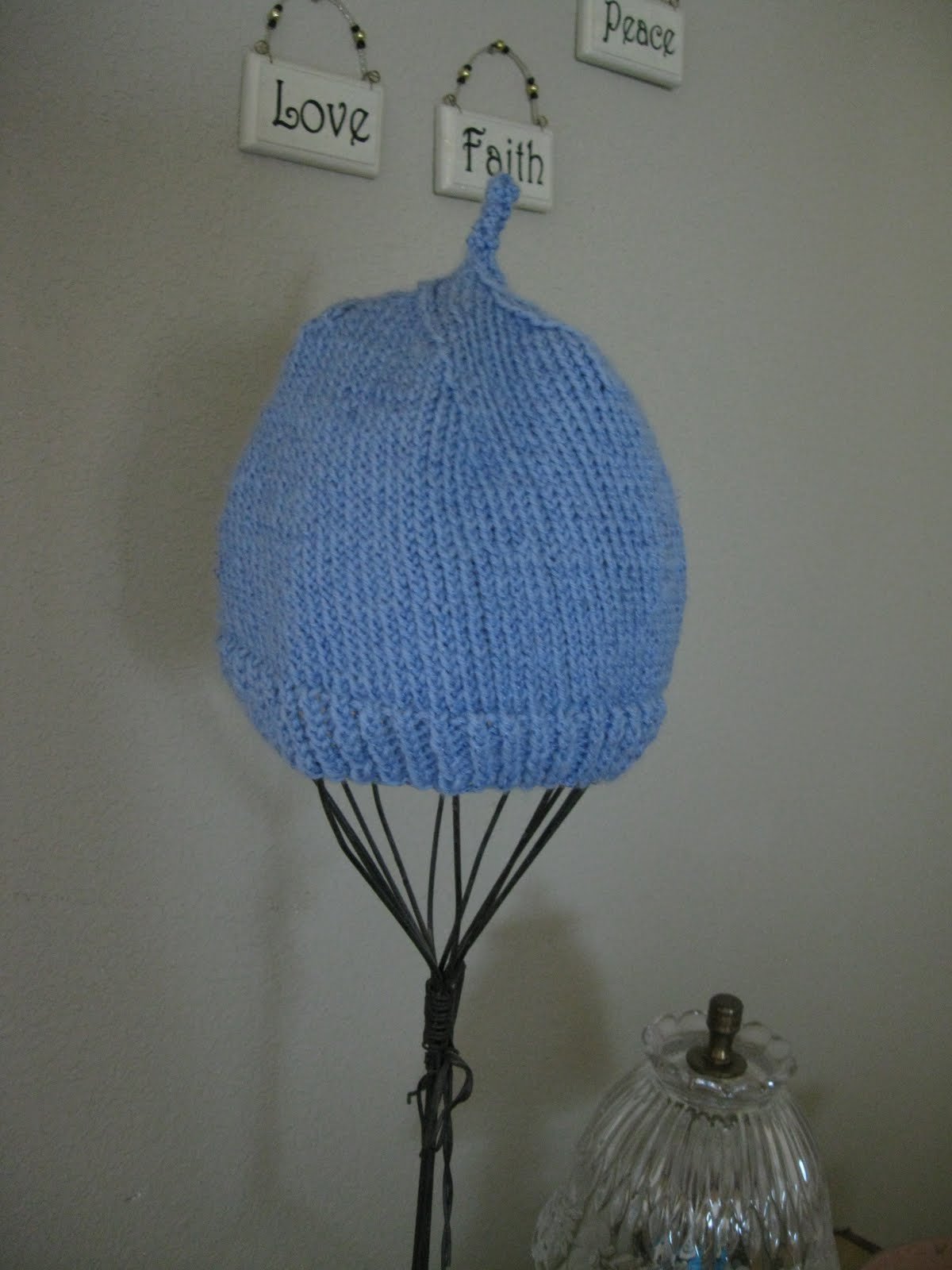 Using Double Pointed Needles To Knit In The Round : Creative quest knitting in the round