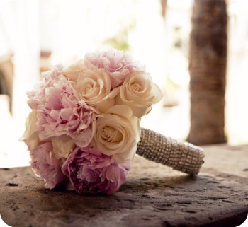 Cocoa Chu Chu { the blog }: Wedding bouquets { Peony, Rose and ...