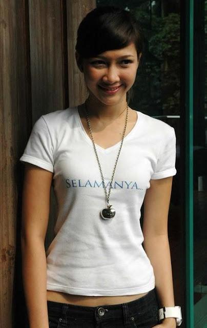 foto hot syur panas bugil telang paha payudara toket Andrea Dian - Gambar Selebritis FTV Indonesia