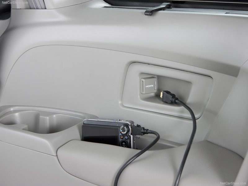 2011 Honda Odyssey Specs Photos Amp Review Letmeget Com