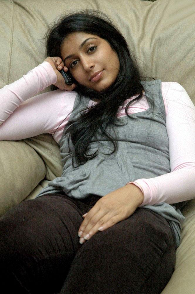 Sexy Girl Bikini New: Malayalam actress Padmapriya one shot style exclusive picture gallery