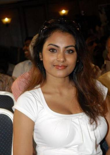 malayalam mallu meenakshi in white dress her so smart actress pics