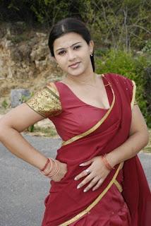 Sexy Indian Girls Photos: Indian Desi Girls Sizzling Hot