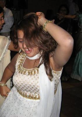 http://2.bp.blogspot.com/_mCQCUdBDa_U/S9J5IWnAepI/AAAAAAAAH5s/K-mb1jm98LQ/s1600/armpits-black-shaved-.jpg