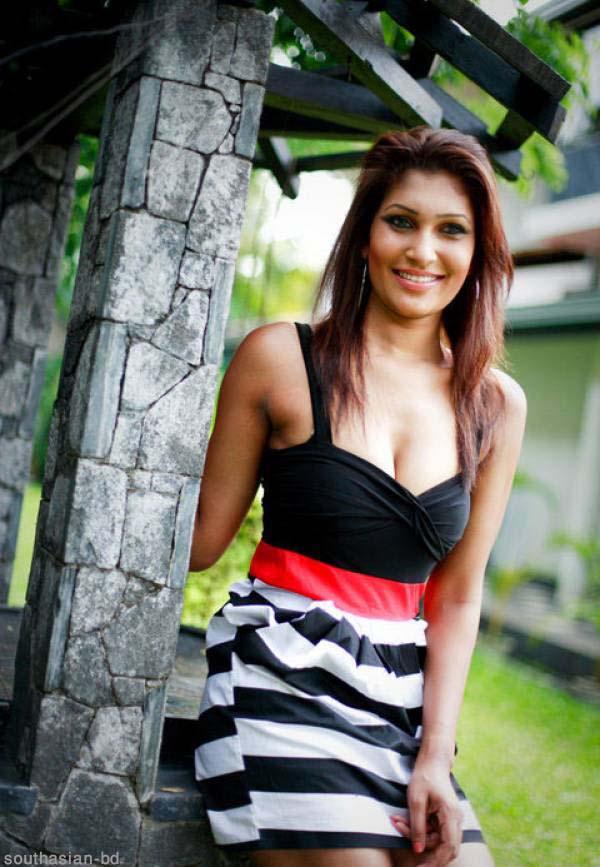 , Sexy Model Pushpika Sandamali Photos