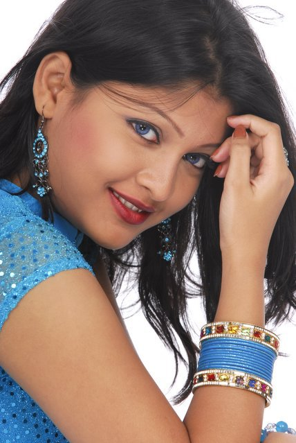 BD Bangladeshi Banglalink model Sarika photos Sexy Bangladeshi model Sharika picture unseen pics
