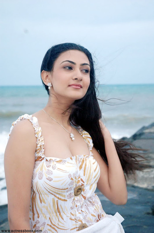 Neelam  South Telugu Cute Actress Sexy In Beach Stills unseen pics
