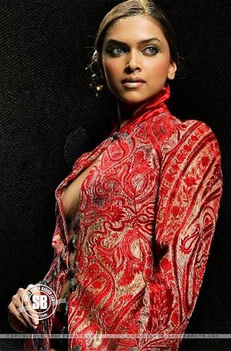 Showbiz World: Deepika Padukone Nipple Slips Photos Cameron Diaz Md