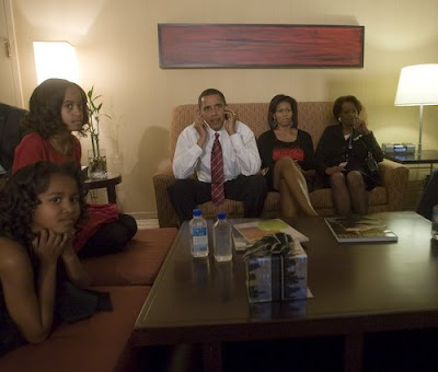 Barack Obama, Michelle Obama, Sasha and Malia on Election Night in hotel with Michelle Obama's mother