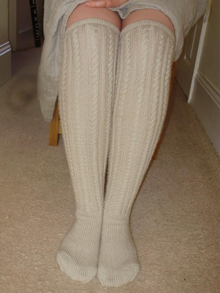 Cable Knit Sock Pattern : josie clementine: Knee-high Cable Knit Socks Finished!