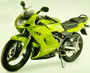 Modifikasi Motor Kawasaki Ninja 150 R 2010 Sport title=