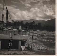 Comienzos de la construcción del Puente Fco. de Paula Santander (1969):