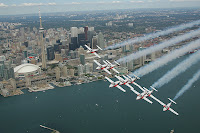 Toronto's air show should be banned