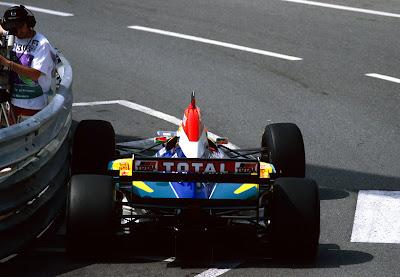 Temporada de Formula 1 em 1995, Jordan - by carrodecorrida.blogspot.com