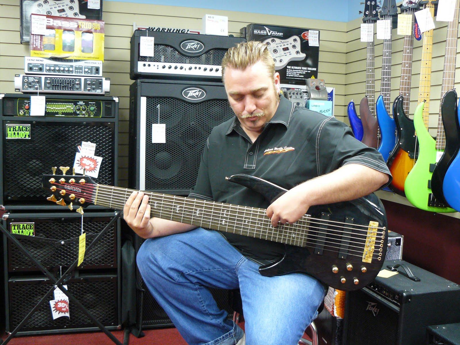 http://2.bp.blogspot.com/_mHT0mx9AeW0/S_LjiYF48aI/AAAAAAAAAow/33Ysq3DBX8k/s1600/Galveston+8-string+bass+guitar.jpg