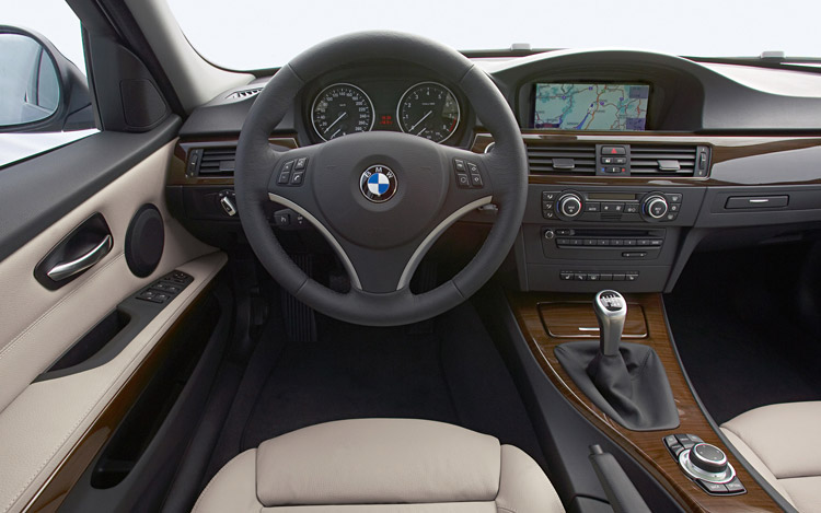 2011 BMW 5 Series The Longer