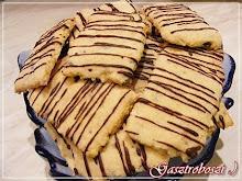 Aszalt gyümölcsös csíkos keksz