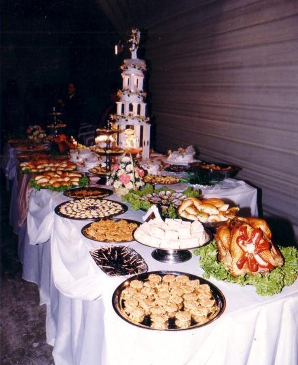 Buffet y Torta de Matrimonio