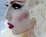 Lady Gaga: Dica de Maquiagem do clipe Bad Romance