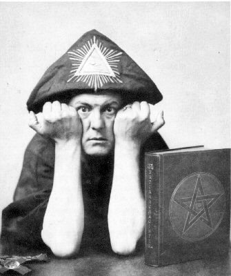 Famous Esoteric Personas - Page 2 Aleister_crowley