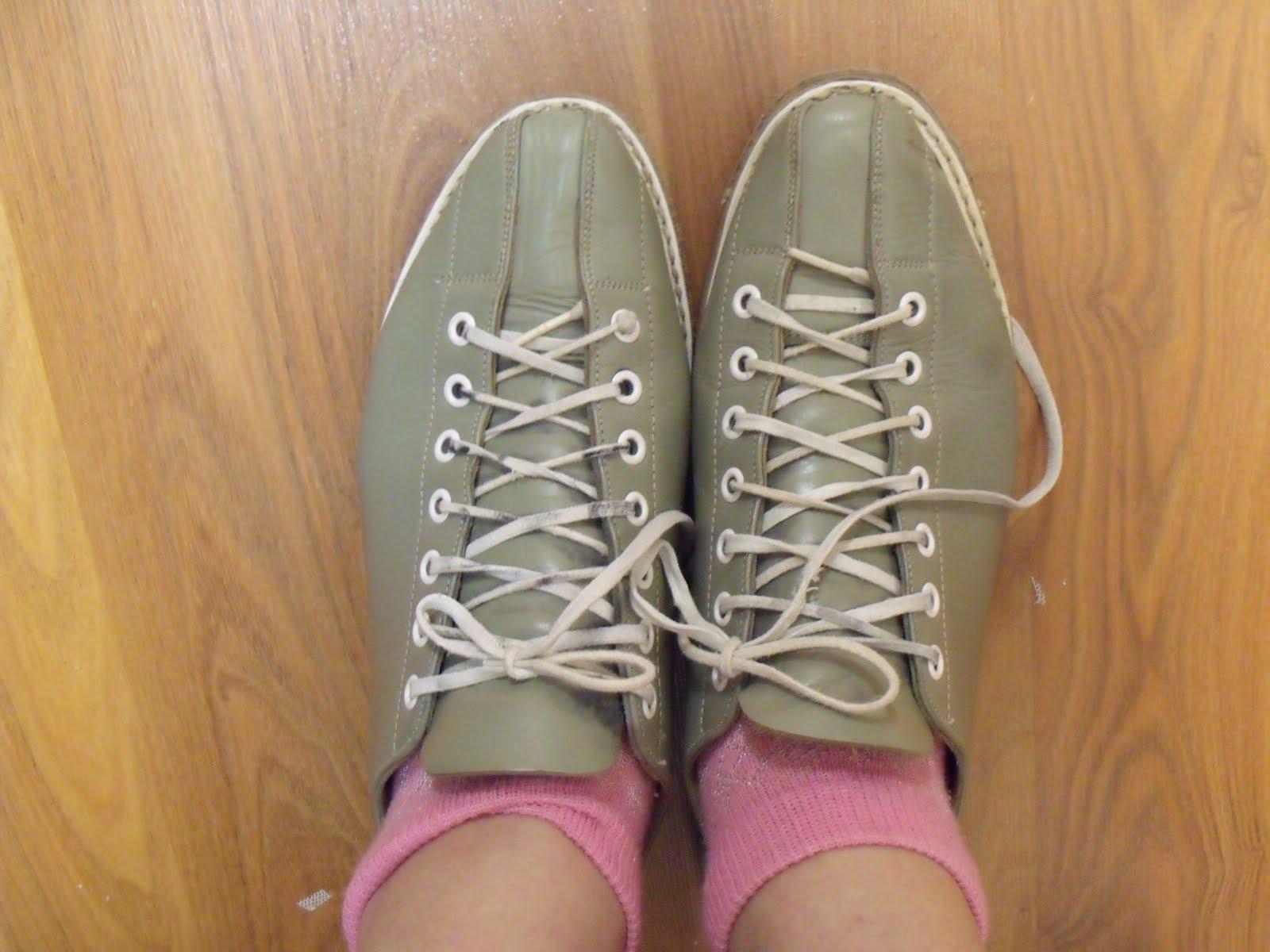 bowling shoes vintage