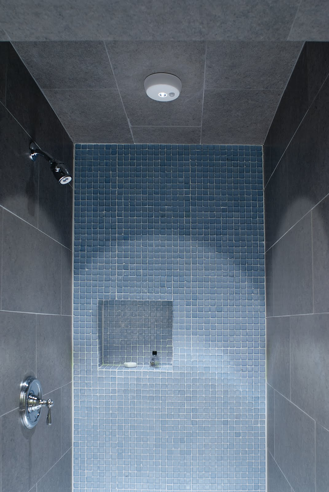 Exceptionnel Bright Wireless Shower Lights  The Best Way To Light A Dark Shower?