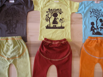 Organic Yoga Clothes  Size on Speesees Kid S Organic Cotton Swiss Tees And Yoga Pants For  14 Plus