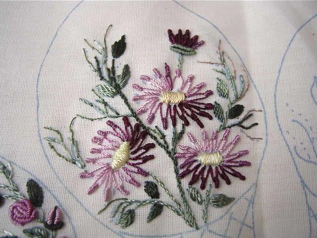 Lazy daisy brazilian embroidery