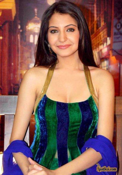 Anushka Sharma 01