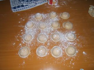 Sorrentinos caseros de ricota, jamón y mozzarella